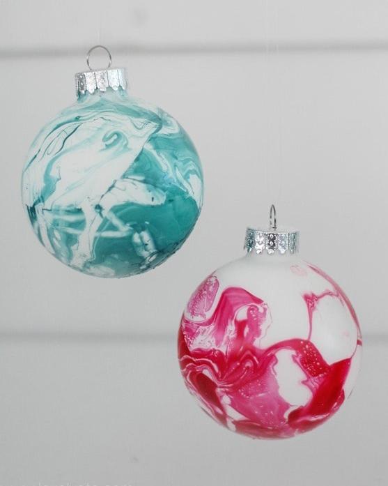 diy-marbled-ornaments